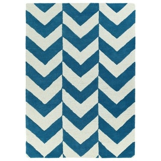 Hand-tufted Turquoise/ Ivory Prints Chevron Rug (5' x 7')