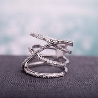Miadora Sterling Silver 1/5ct TDW Diamond Crossover Highway Ring