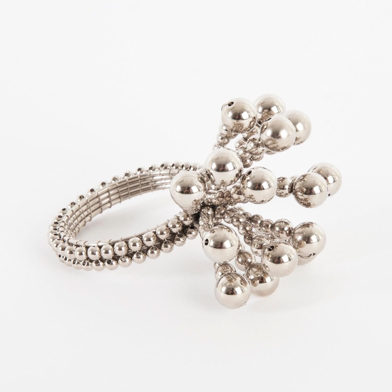 Flower-Design-Napkin-Rings-Set-of-4 thumbnail 10