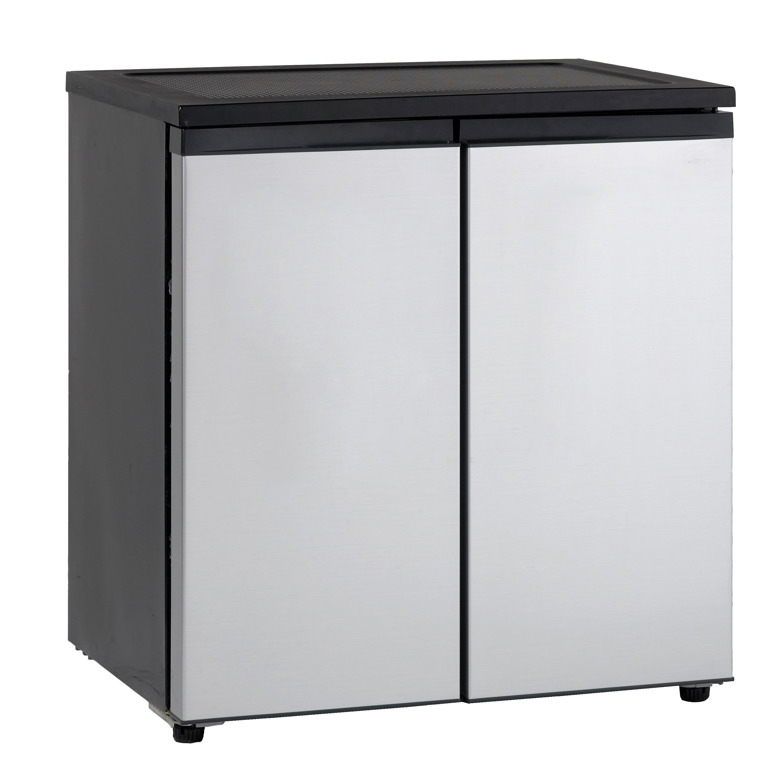 Avanti 5.5 Cubic Foot Double Door Refrigerator, Black (Me...