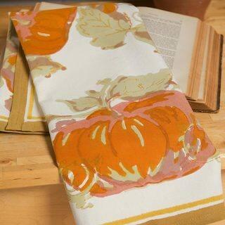 Couleur Nature 20x30-inch Pumpkin Tea Towels (Set of 3)|https://ak1.ostkcdn.com/images/products/9421124/P16608086.jpg?impolicy=medium