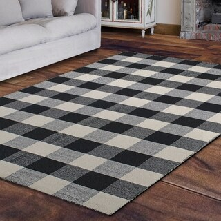 Royal Black and White Rug (4' x 6') - 4' x 6'