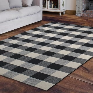 Royal Black and White Rug (4' x 6')