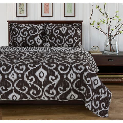 Miranda HauS Frair Reversible Cotton Quilt Set