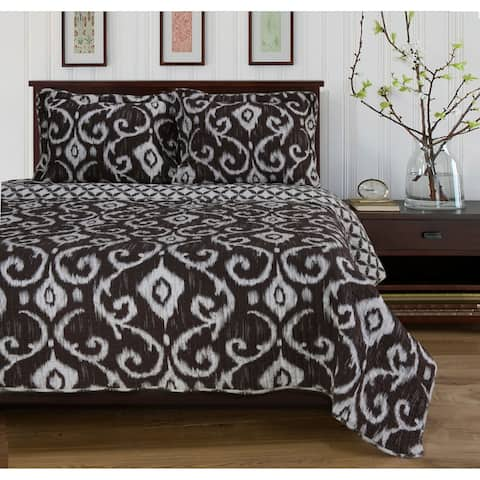 Cotton Traditional Reversible Quilt and Sham Set by Miranda Haus