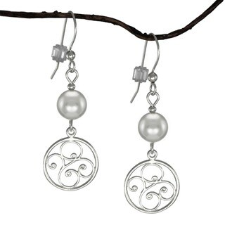 Handmade Jewelry by Dawn Silver Pearl Round Filigree Sterling Silver Earrings (USA)
