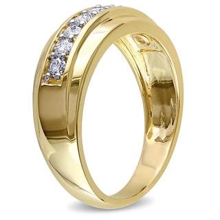 Miadora 10k Yellow Gold Men's 1/2ct TDW Diamond Wedding Band (G-H, I2-I3)