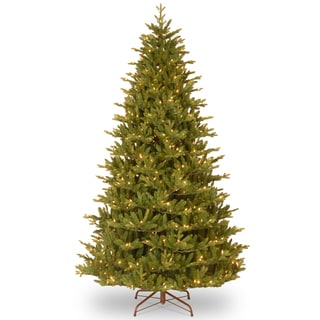 "7.5-foot ""Feel-Real"" Woodward Fir Hinged Tree with 750 Clear Lights-UL"