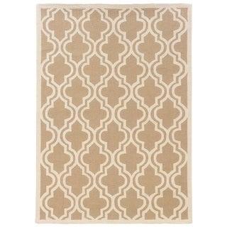 Linon Silhouette Beige/ White Area Rug (8' x 10')