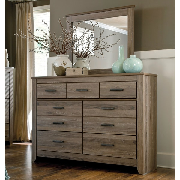 Signature Designs by Ashley Zelen Dresser and Mirror Set