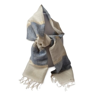 Handwoven Striped Linen Scarf (India)
