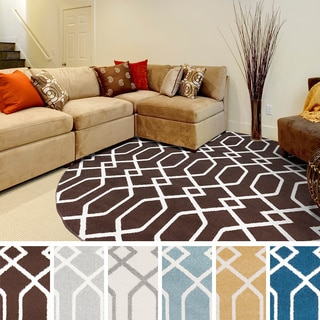 Meticulously Woven Raleigh Modern Geometric Area Rug (7'10 Round)