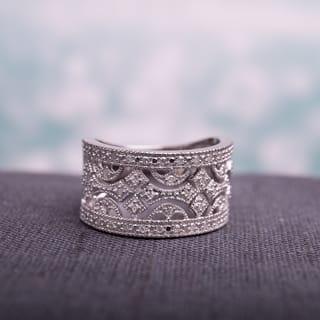 Miadora Sterling Silver 1/4ct TDW Vintage Diamond Ring|https://ak1.ostkcdn.com/images/products/9441314/P16626644.jpg?impolicy=medium