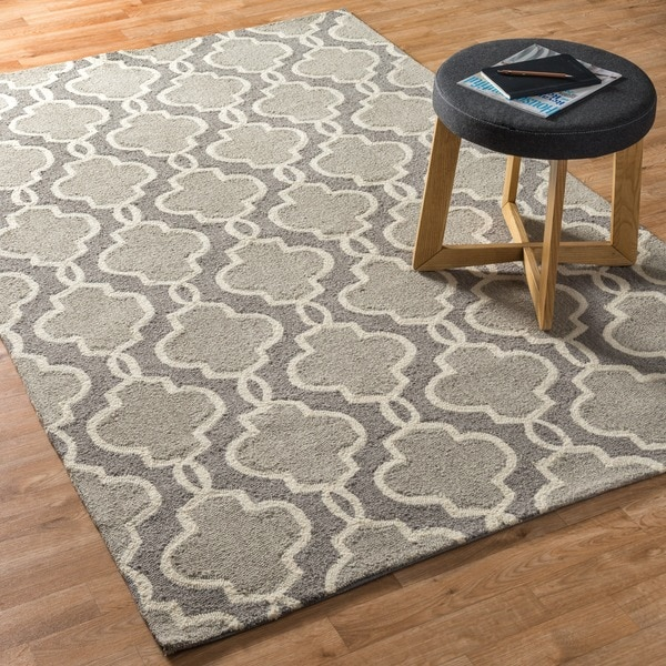 "Hand-hooked Charlotte Grey Rug (2'3 x 3'9) - 2'3"" x 3'9"""