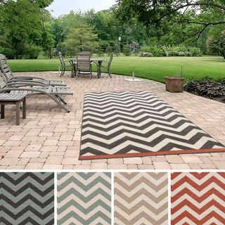 Ariana Chevron Indoor/ Outdoor Area Rug (8'9 x 12'9)