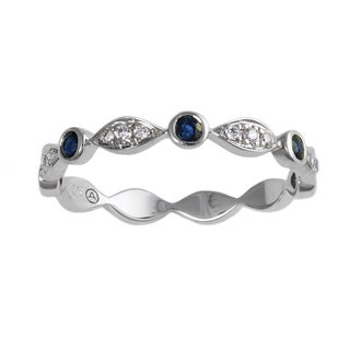 Beverly Hills Charms 10k White Gold Blue Sapphire and 1/14ct TDW Diamond Stackable Band Ring (H-I, I2-I3)