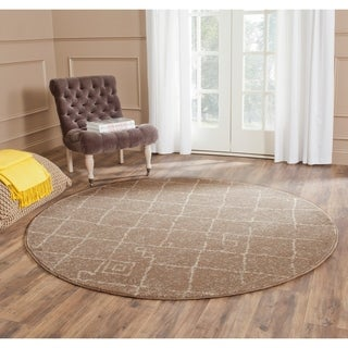 Safavieh Tunisia Brown Rug (6' Round)