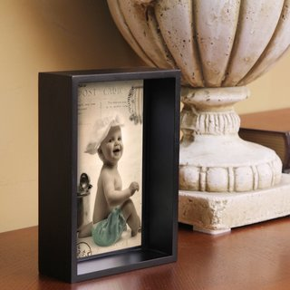 Adeco Decorative Black Wood 5x7-inch Photo Frame
