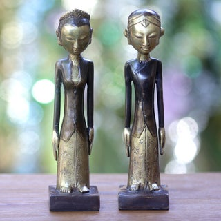 Set of 2 Handcrafted Bronze 'Manten' Sculptures, Handmade in Indonesia