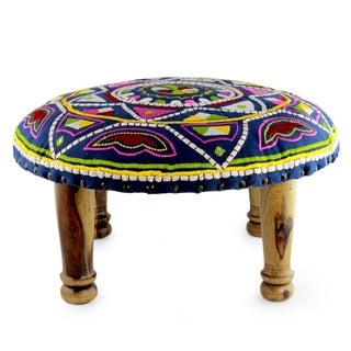 Handmade Seesham Wood Cotton Rayon 'Rajasthan Galaxy' Foot Stool (India)