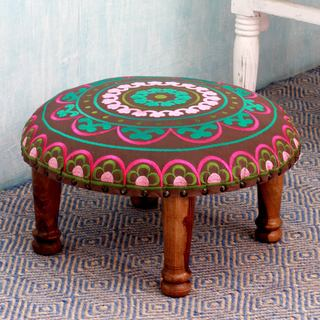 Handmade Seesham Wood Cotton Rayon 'Polychrome Jaipur' Foot Stool (India)