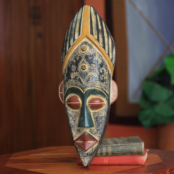 Handcrafted Sese Wood 'Honesty' African Mask (Ghana)
