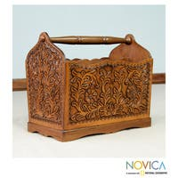 Handmade Mohena Wood and Leather 'Colonial Iquilla Flower' Magazine Rack (Peru)