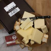 igourmet Cheddars of the World Assortment Gift Box Set