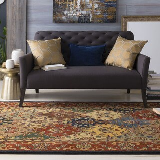Hand-Tufted Mollie Traditional Border Rug (7'6 x 9'6)