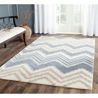 Safavieh Hand-Tufted Capri Blue/ Ivory Wool Rug - 8' x 10'