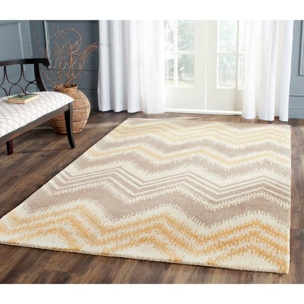 Safavieh Hand-Tufted Capri Grey/ Gold Wool Rug - 8' x 10'