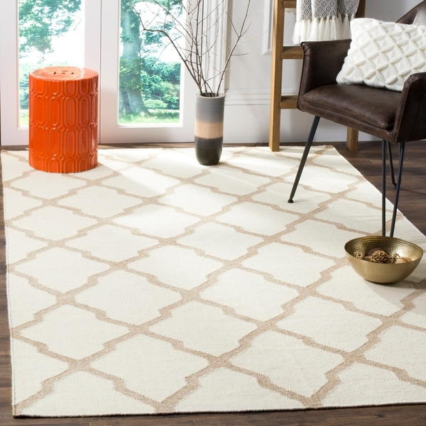 Safavieh Hand-woven Dhurries Ivory/ Camel Wool Rug - 8' x 10'