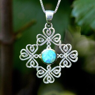 Handmade Sterling Silver Round Synthetic Opal Shamrocks Design Necklace (Thailand)