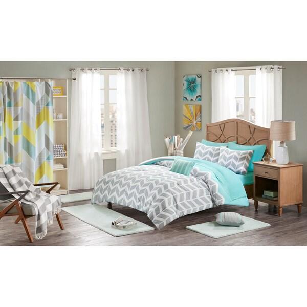 Intelligent Design Laila Grey and Teal Chevron Comforter Set