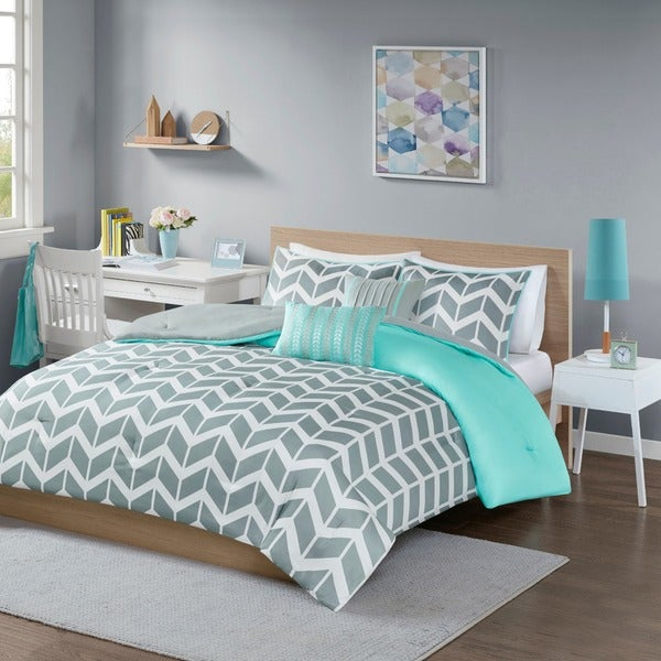 Bedroom Sets Full Size Mint Black And White Bedroom Ideas Lighting For Small Bedroom Bedroom With Black Accent Wall: Intelligent Design Laila Grey And Teal Chevron 5-piece