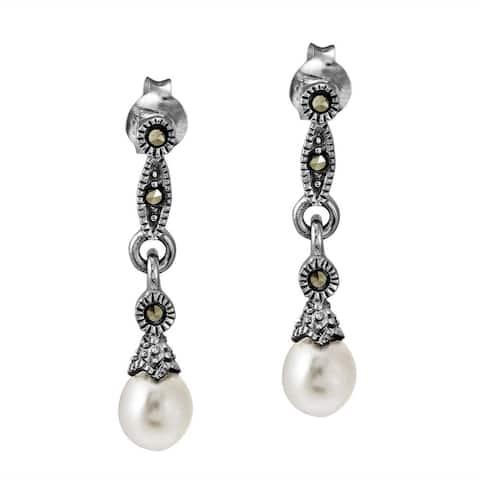 Handmade Vintage Links Freshwater Pearl Drop .925 Silver Earrings (Thailand)
