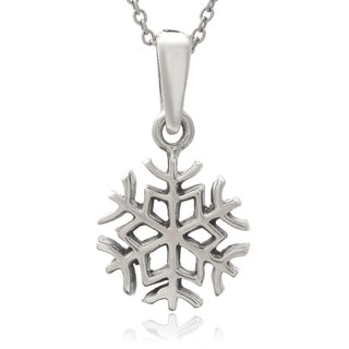 Journee Collection Sterling Silver Snowflake Pendant Necklace