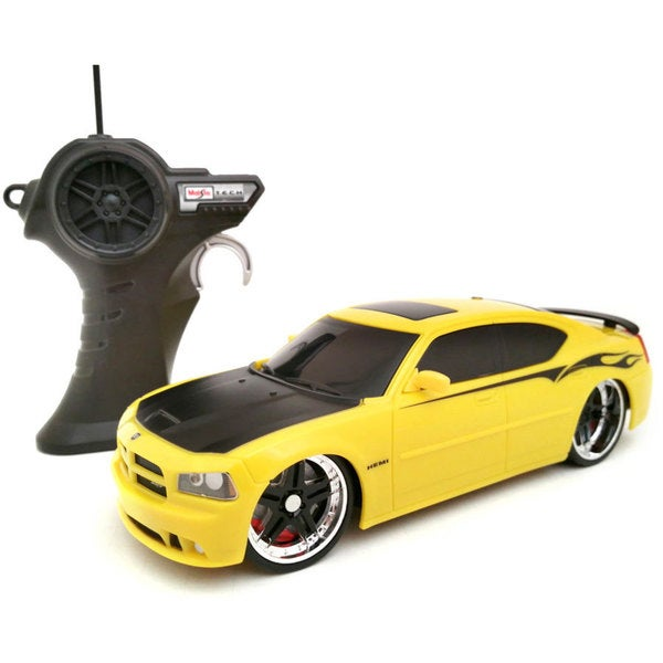 Maisto 1:24 Remote Control 2006 Dodge Charger SRT8