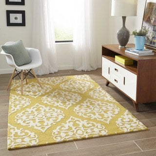 "Saronic Chantilly Gold Hand-Tufted Wool Rug (7'6"" x 9'6"")"