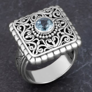 Sterling Silver Blue Topaz 'Balinese Cawi' Ring (Indonesia)