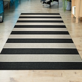"Hampton Striped Black-Cream Indoor/Outdoor Area Rug - 3'11"" x 5'7"""