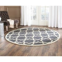 Safavieh Handmade Cambridge Dark Grey/ Ivory Wool Rug - 8' x 8' Round