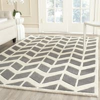 Safavieh Handmade Chatham Dark Grey/ Ivory Wool Rug - 7' Square