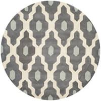 Safavieh Handmade Chatham Ivory/ Dark Grey Wool Rug - 7' Round
