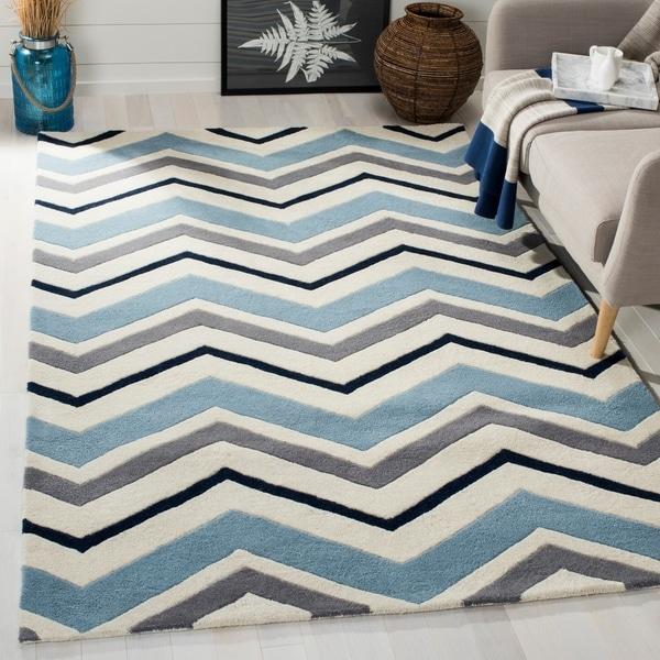 Safavieh Handmade Chatham Ivory/ Dark Grey Wool Rug - 8'9 x 12'