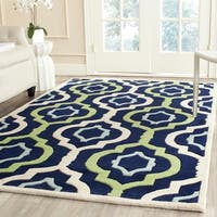 Safavieh Handmade Chatham Dark Blue/ Multi Wool Rug - 8'9 x 12'