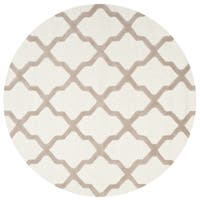 Safavieh Handmade Cambridge Ivory/ Beige Wool Rug - 10' Round