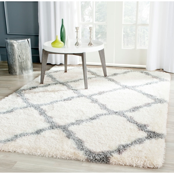 Safavieh Montreal Shag Ivory/ Grey Polyester Rug - 6'7 x 9'6