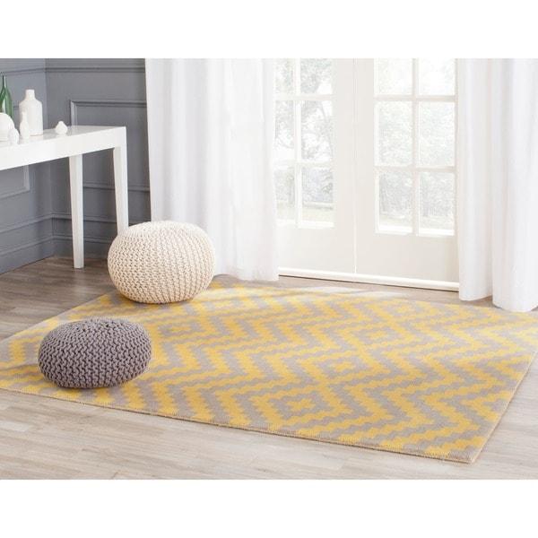 Safavieh Handmade Cambridge Taupe/ Gold Wool Rug (8' x 10')
