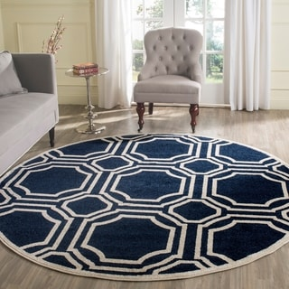 Safavieh Indoor/ Outdoor Amherst Navy/ Ivory Rug (5' Round)